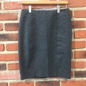 New York & Co. Charcoal Grey Pencil Skirt sz 2